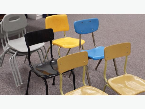 small and medium sized school chairs