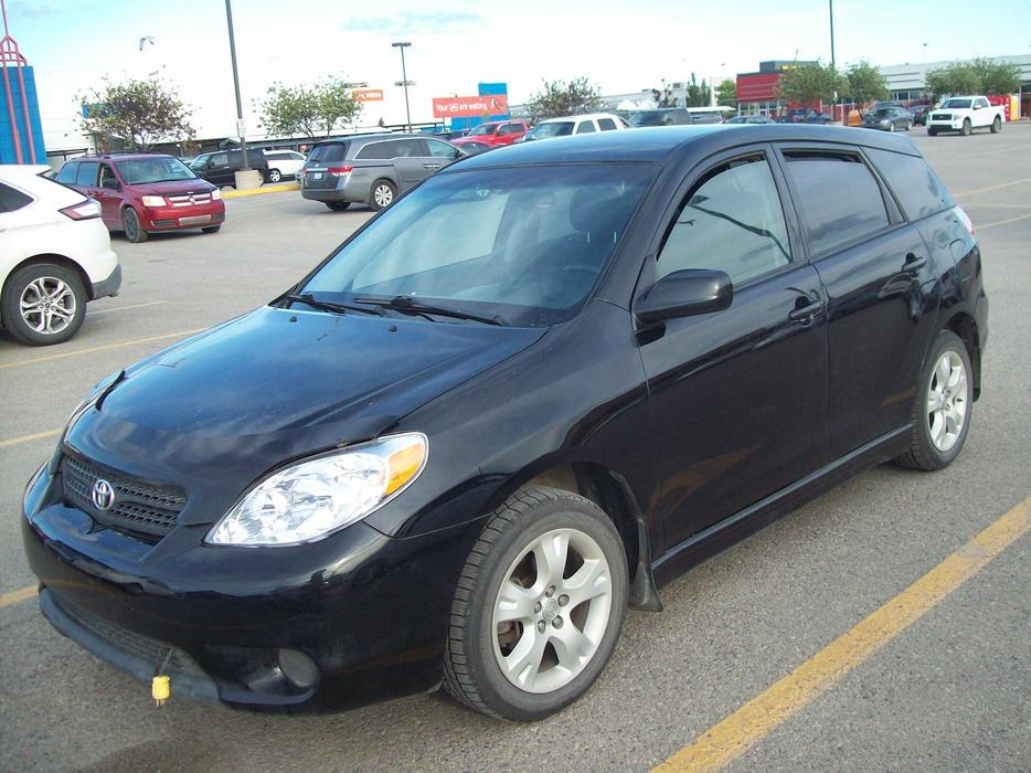 2005 toyota matrix 5 speed manual loaded east regina. Black Bedroom Furniture Sets. Home Design Ideas