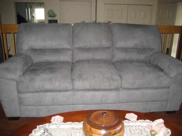 3 SEATER GREY MICRO SUEDE SOFA/COUCH
