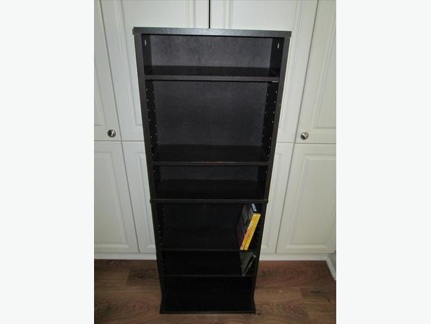 Media storage Shelving unit