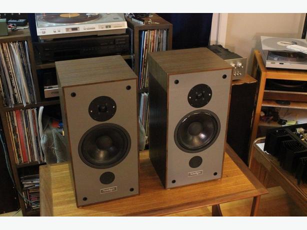 Paradigm Model 3 Speakers