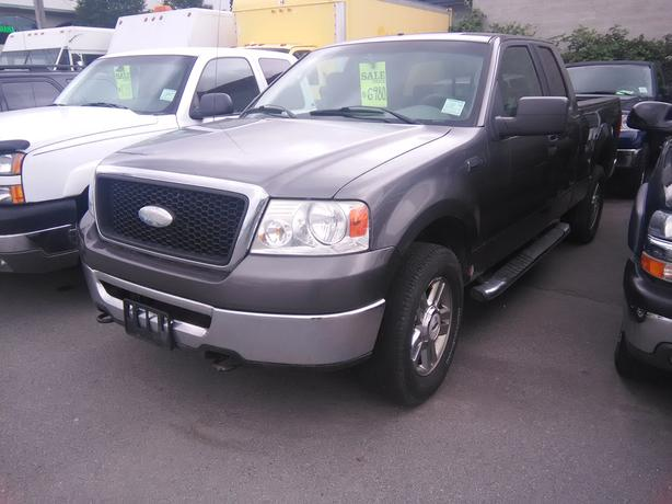2006 Ford F150 XLT SuperCab Long Bed 4WD Pickup