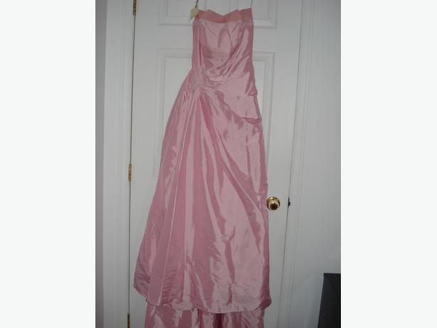PINK WEDDING OR PROM DRESS