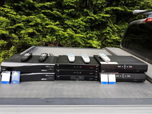 Bell ExpressVu Satellite Receivers 2700 / 6131 / 5900 PVR