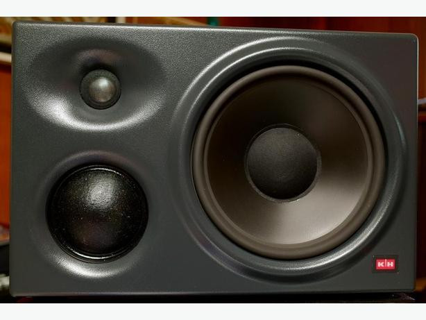 K+H 0300 studio monitors, a pair
