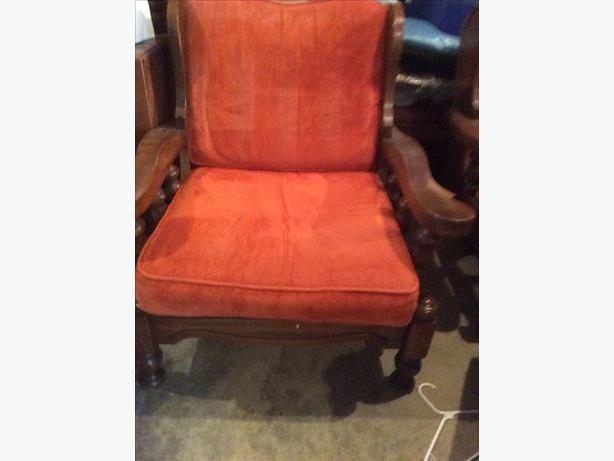 Love seat & chair