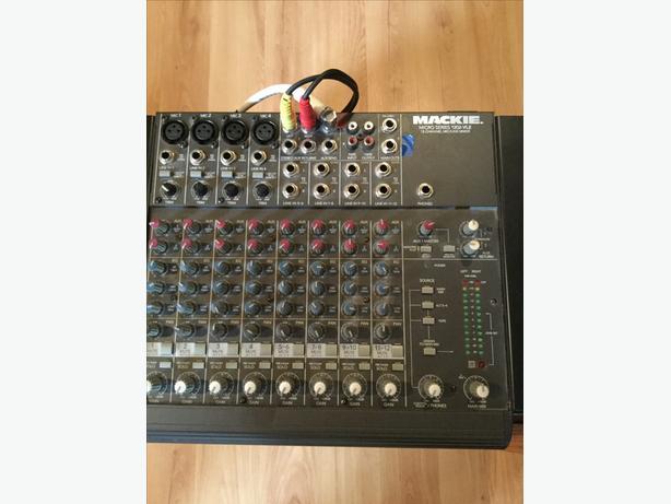 Mackie Mixer /Alesis reverb
