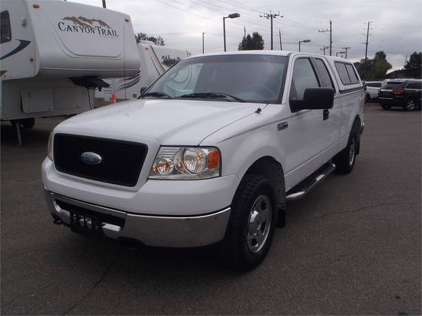 2006 ford f-150 extended cab xlt 5.4 triton short box with canopy