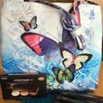 Kiss New York Professional Make up Gift Set With FREE BUTTERFLY CANVAS BAG