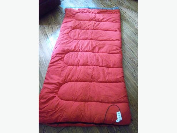 Coleman sleeping bag  LIKE NEW