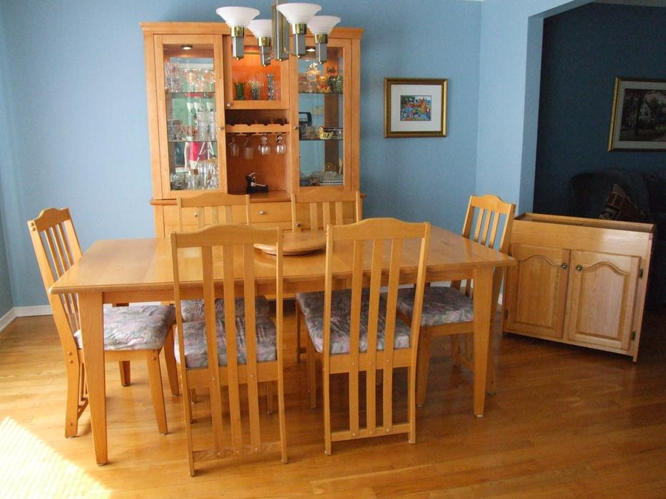 Dining Room Set Server Buffet Hutch Rockland Ottawa