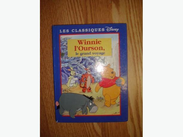 Like New Winnie l'ourson Hardcover Book - Le grand voyage- $2
