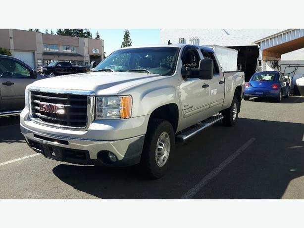used 2009 gmc sierra 2500 duramax diesel 4x4 for sale in parksville outside comox valley. Black Bedroom Furniture Sets. Home Design Ideas