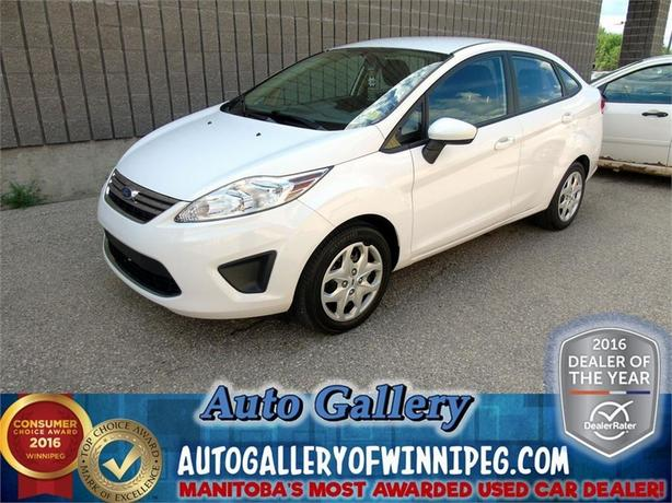 2012 Ford Fiesta SE* Low price!!