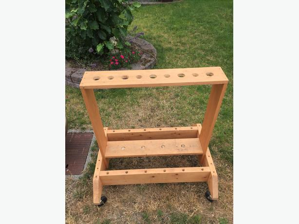 Rolling garden tool stand west shore langford colwood for Gardening tools victoria
