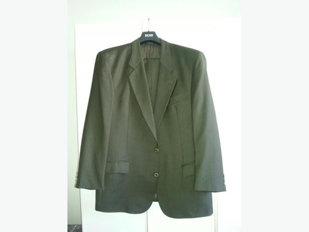 Veston HUGO BOSS ( 100% Authentique ) Couleur Olive