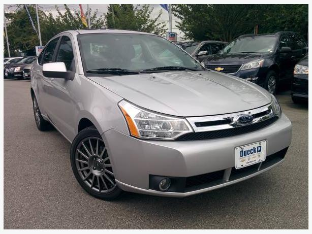 2009 FORD FOCUS SES - ONLY 52,817 KM!! - LEATHER, ROOF, AUTO