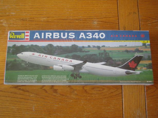 12 plastic aircraft models - all civilian jets & airplanes