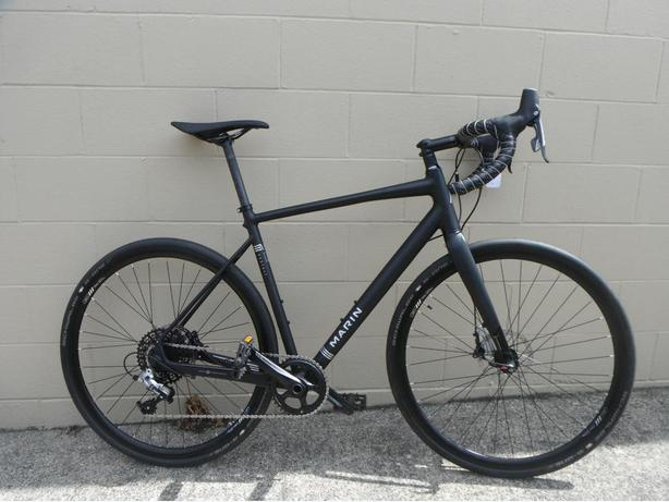 56cm Marin Gestalt 3 gravel bike