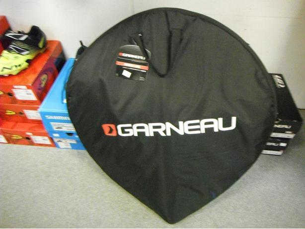 Louis Garneau wheel bag