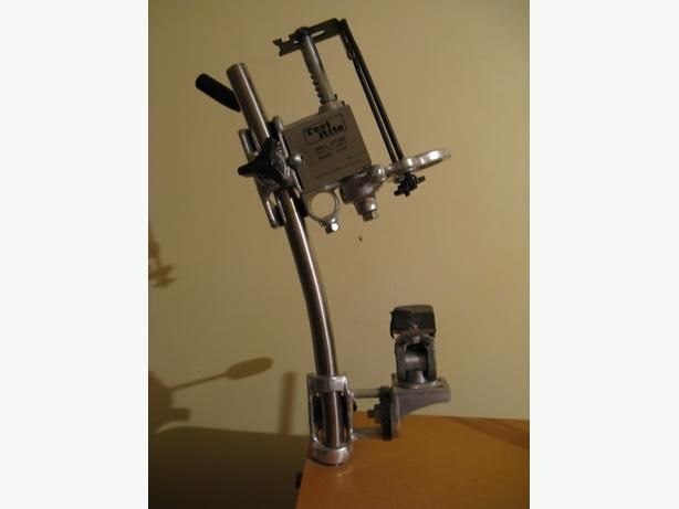 TEST-RITE PORTABLE DRILL STAND