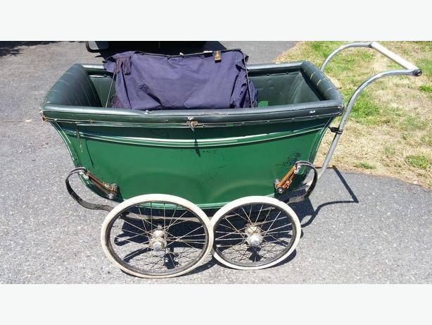 antique baby pram good condition