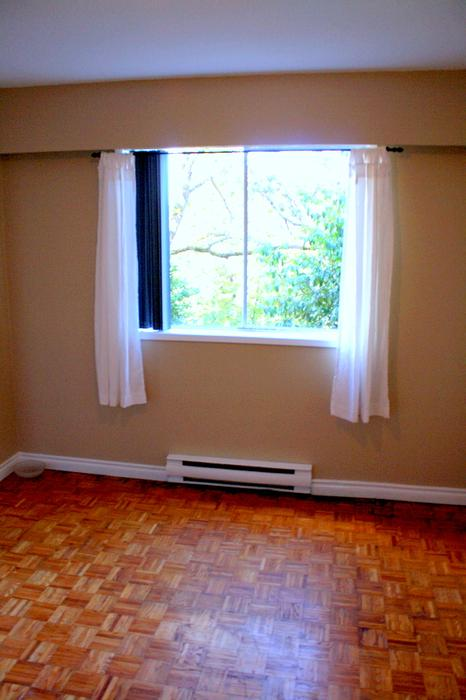 Clean 1 Bedroom Ground Floor Apartment On 4 Victoria City Victoria