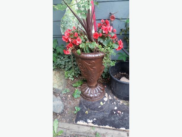 Cast iron urn style planter