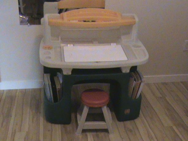 Child' desk