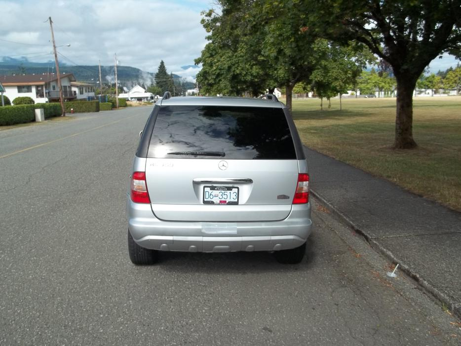 2005 mercedes benz ml 350 all wheel drive outside comox for Mercedes benz bay ridge