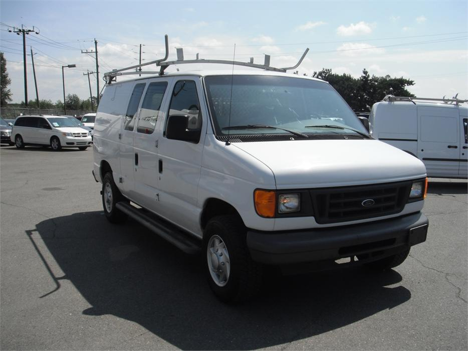 2007 Ford Econoline E 250 Cargo Van With Shelving And Roof