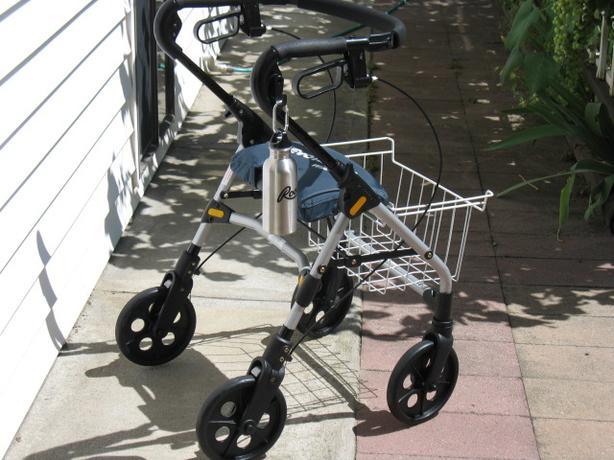SILVER METALLIC EVOLUTION PIPER LITE ROLLATOR WALKER FOR SALE
