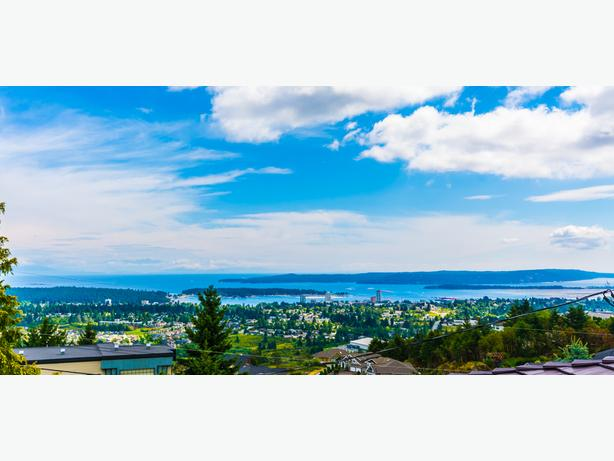Stunning Views to Mainland From Immaculate Home 1163 College Drive
