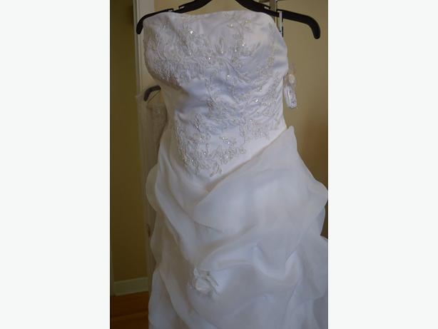 NEW WEDDING DRESS, MEDIUM