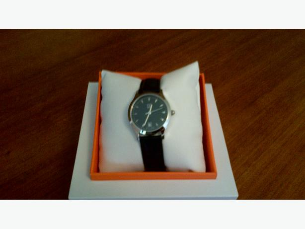 ESQ MOVADO WATCH - LADIES - NEW