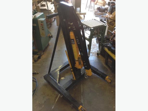 2 tonne folding shop crane