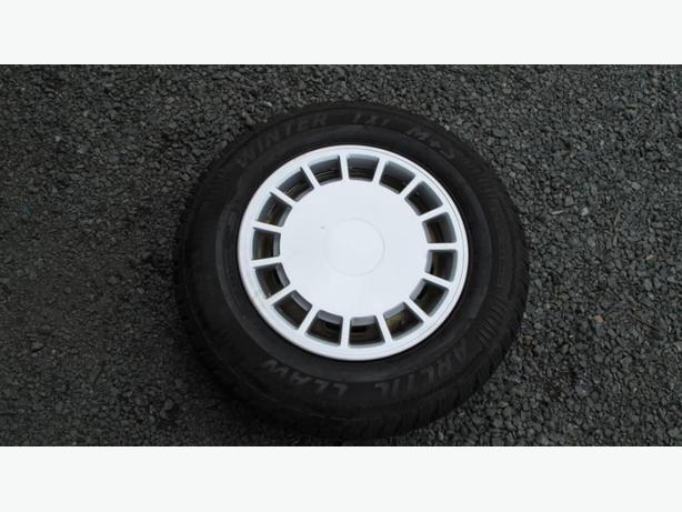 Snow tire Winter Claw BF Goodridge 185 -75R14 on Rims with Hubcaps  tyre