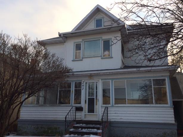Large 2 bedroom suite - Character House