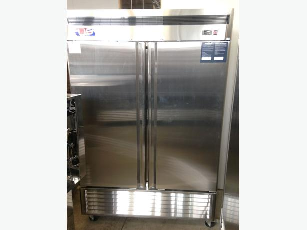 US Ref Double Door Reach-In Cooler
