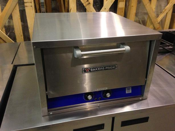 Bakers Pride Electric Counter-Top Pizza Oven