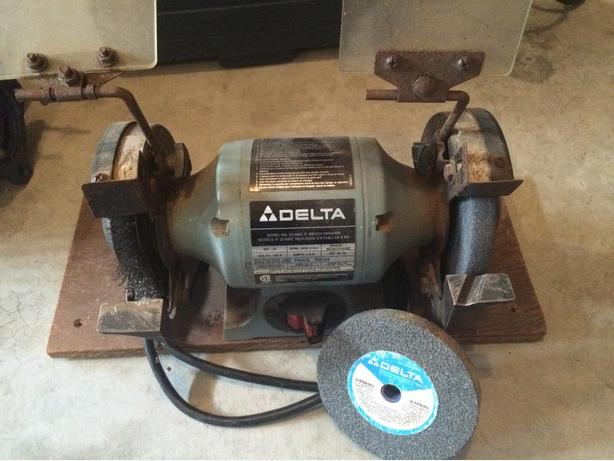 Delta 5 Inch Bench Grinder South Nanaimo Parksville Qualicum Beach