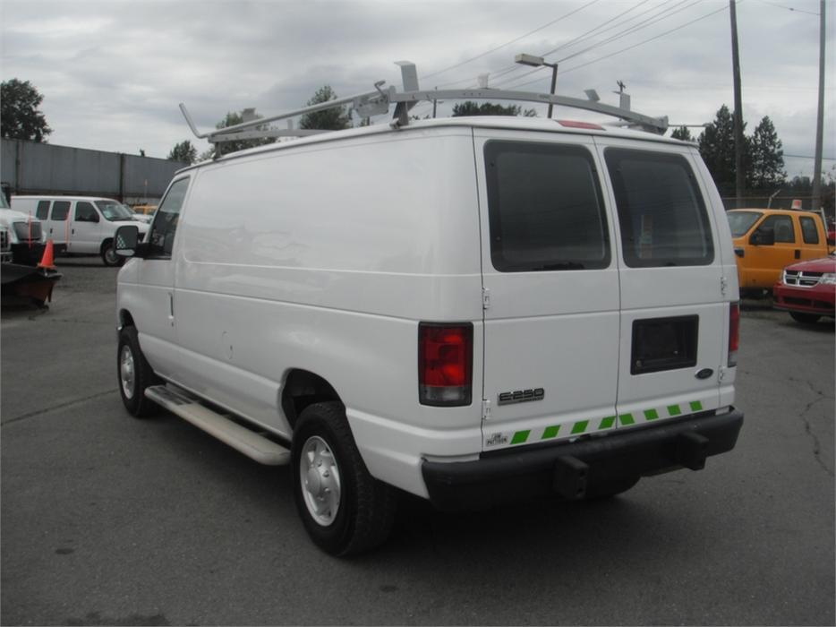 2008 Ford E250 Cargo Van With Roof Rack And Rear Shelving