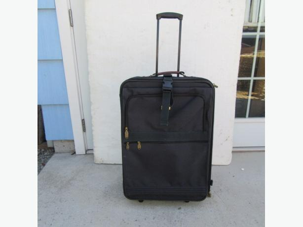 Picardo Hempsted; suit-case, carry-on bag, clothes hanger bag