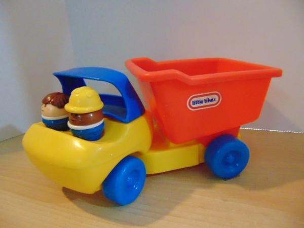Maple Ridge Dump >> Little Tikes Little People Vintage Farm Truck Bus ...