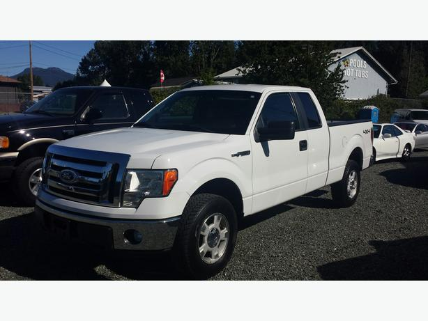 2011 Ford F 150 XLT Gas/ Propane 4x4 **PRICE REDUCED**YEAR END CLEAR OUT**