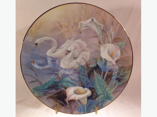 Lena Liu The Swans collector plate
