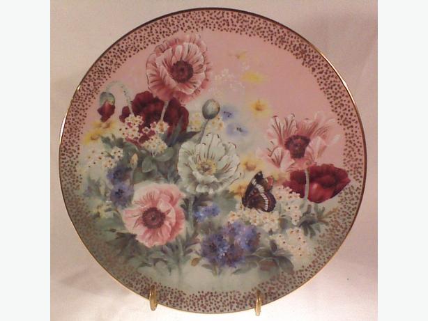 Lena Liu Poppy Pastorale collector plate
