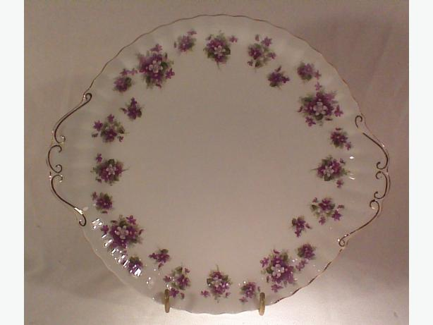 Royal Albert Sweet Violets cake plate