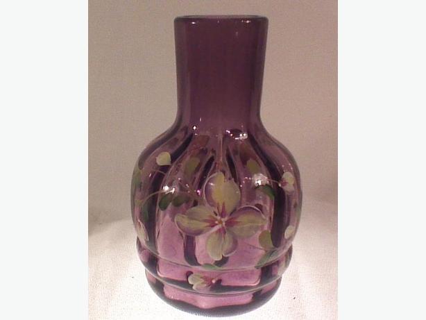 Fenton hand-painted amethyst  vase