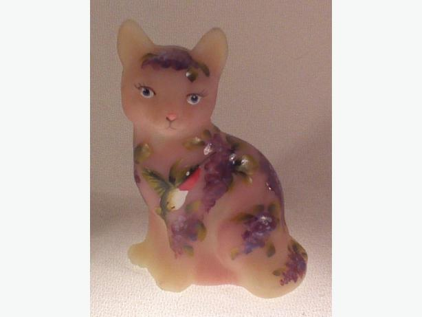 Fenton Glass signed burmese cat